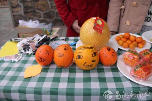 同学们对柑橘的欢乐涂鸦