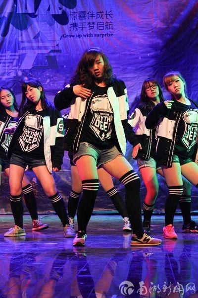 舞道节拍协会表演《超能陆战队》