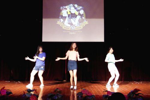 韩国留学生带来精彩表演