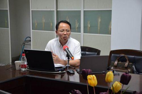 刘茂生来校讲唯美主义艺术创作的伦理诉求