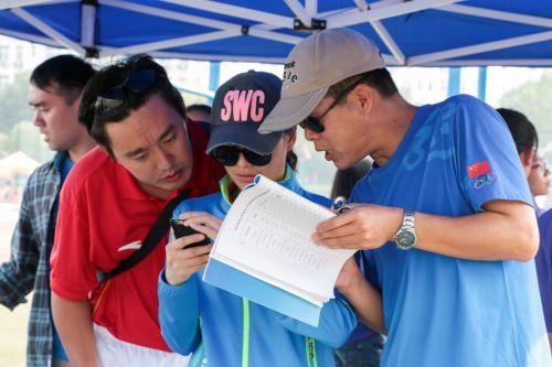 运动会上的匆匆身影——记幕后的工作人员们_新闻专题_新闻_南湖新闻网