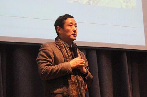王逸舟来校谈中国新外交的机遇与挑战