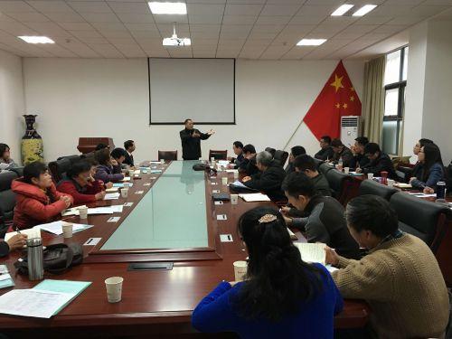 湖北省名师陈长水教授与参赛选手交流
