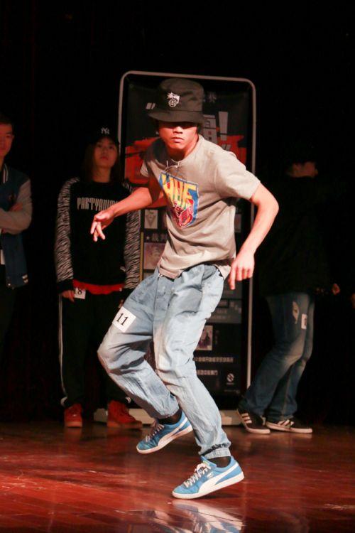 炫酷的舞蹈动作