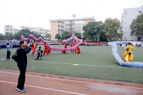 彭克美老师拍舞龙舞狮