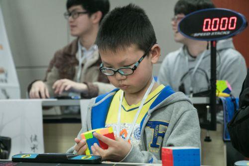 儿童组也展开了比拼——姚丹薇