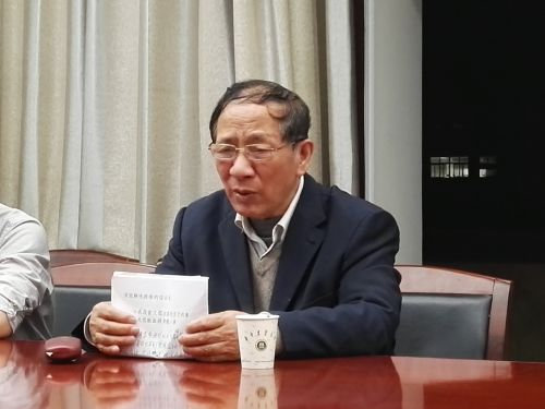 """吴天祥做客植科院""""大学生党员半月谈"""""""