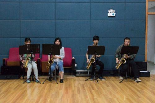军乐团:铿锵奏鸣,乐动狮山