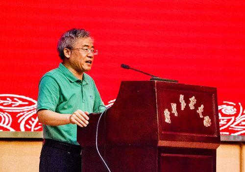 张献龙副校长发言(2)-摄影:梁喻 拷贝