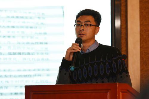 中国科普研究所王大鹏作报告