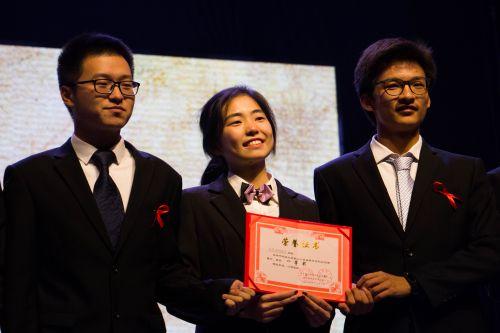 第一名 学通社记者 张皓博摄