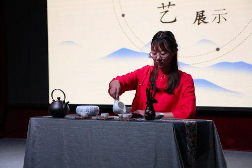 茶艺展示 王润昶
