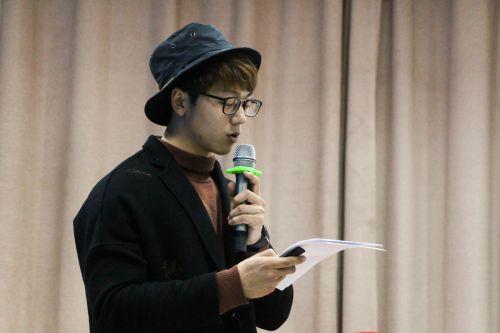孙潇学长做演讲 学通社记者陈滢双摄