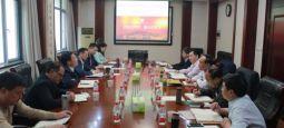 荆州市副市长邓应军一行来校洽谈合作