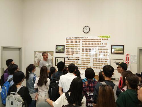 加拿大访学团在萨斯喀彻温大学交流学习