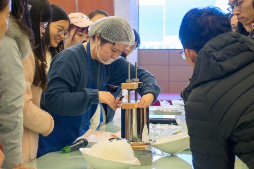 """我校妇委会举办""""煮奶生香""""牛奶制品鉴尝体验活动"""