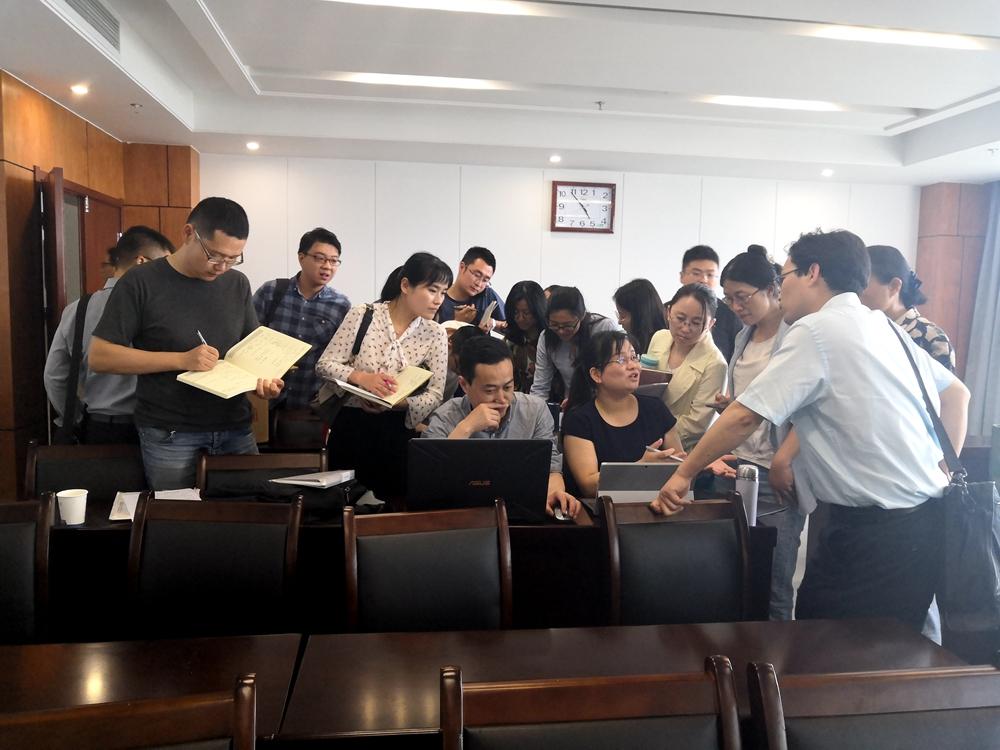 与安徽建筑大学的老师培训后的交流