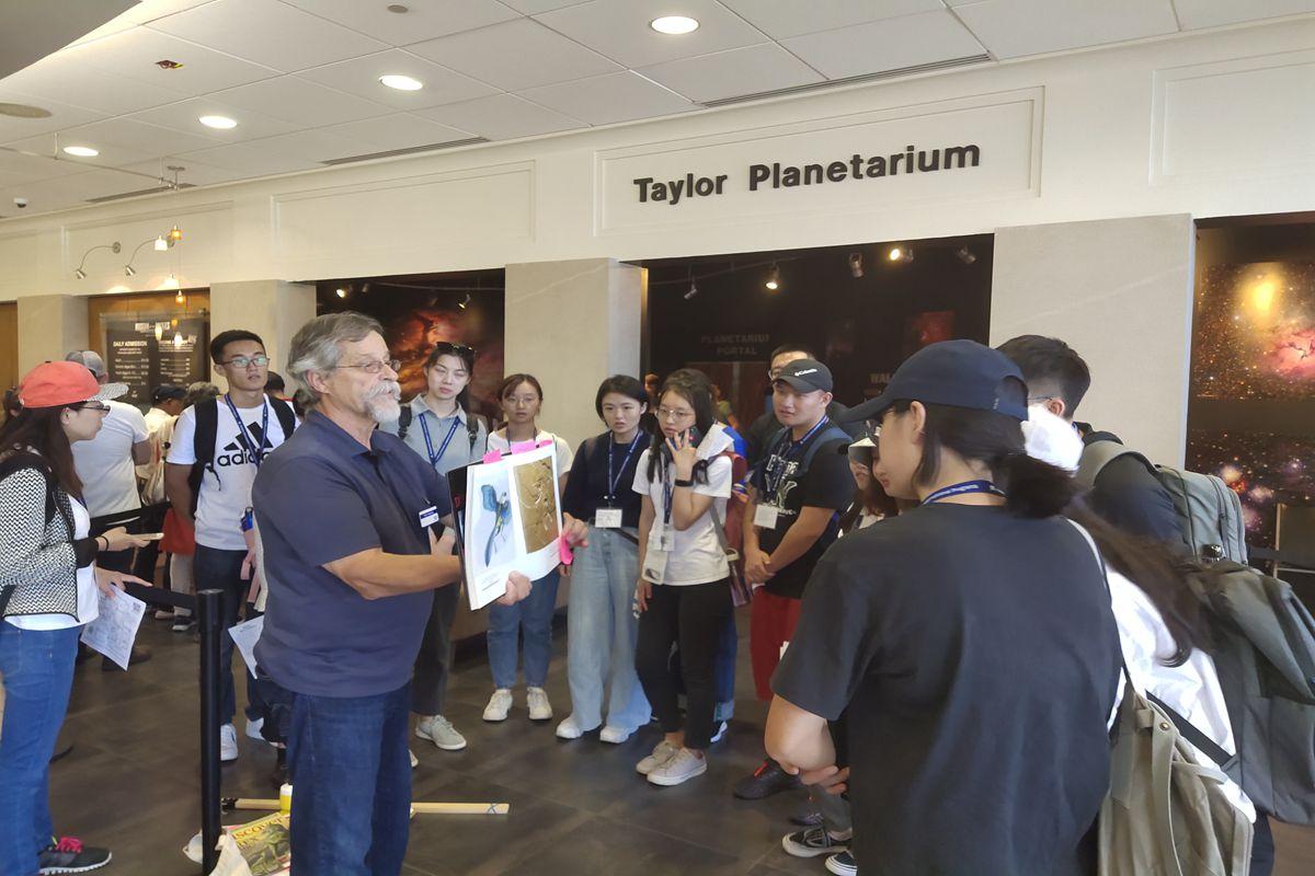 资源与环境学院16名师生赴美国蒙大拿州立大学开展为期2周的暑期研修交流活动