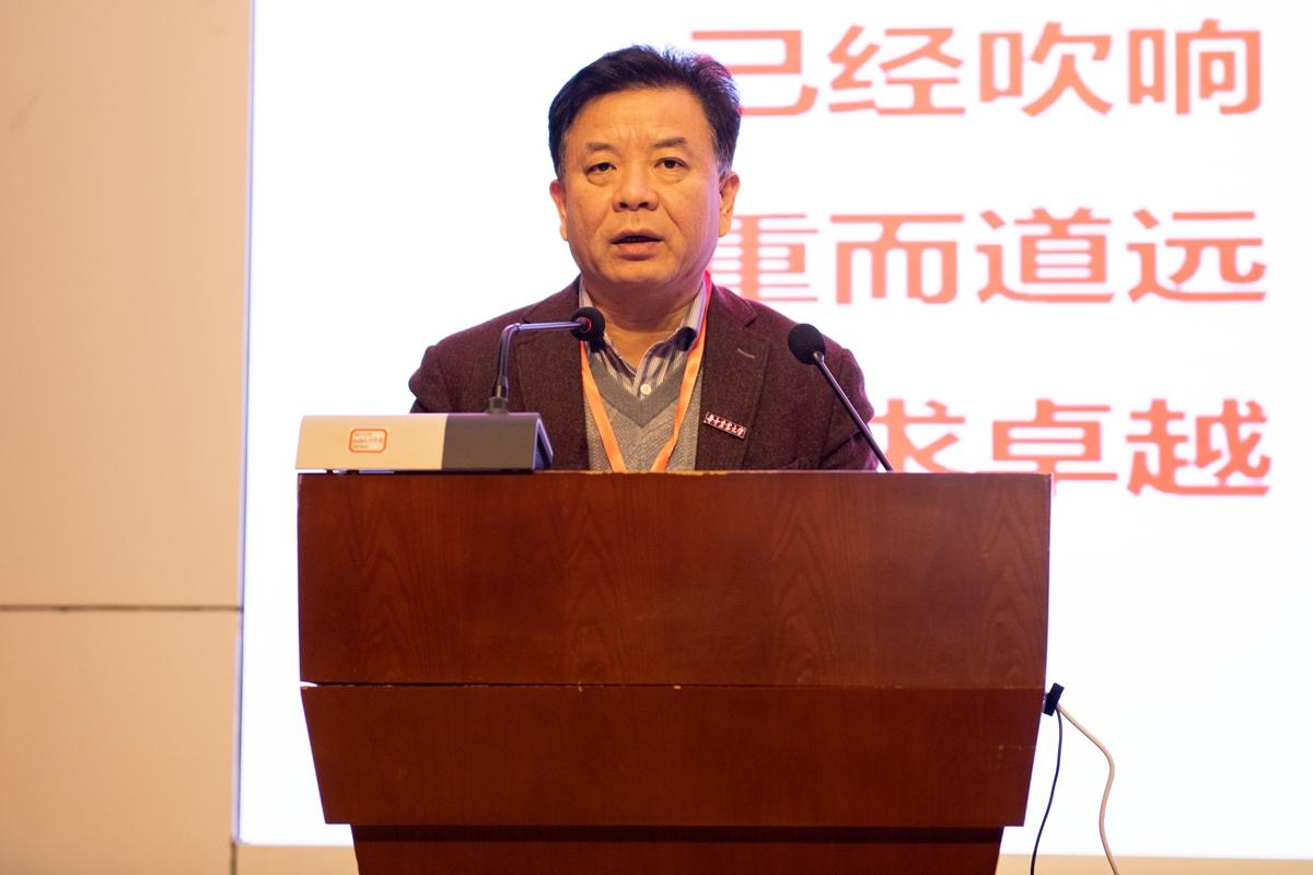 副校长姚江林讲话【学通社记者 徐嘉其 摄】