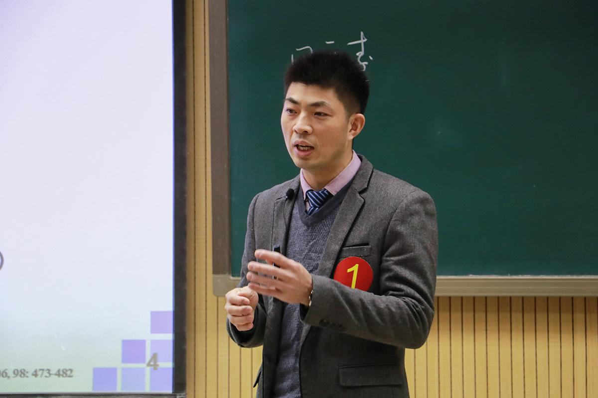 丁广大老师【供图 教学信息中心记者 魏雪妍】