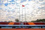 祝福祖国:国庆升旗在东运动场举行