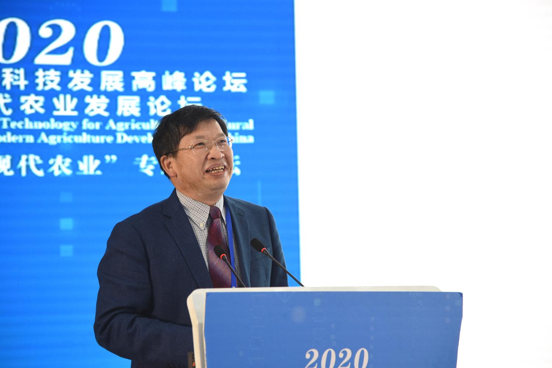 中国工程院副院长、我校教授邓秀新院士作报告