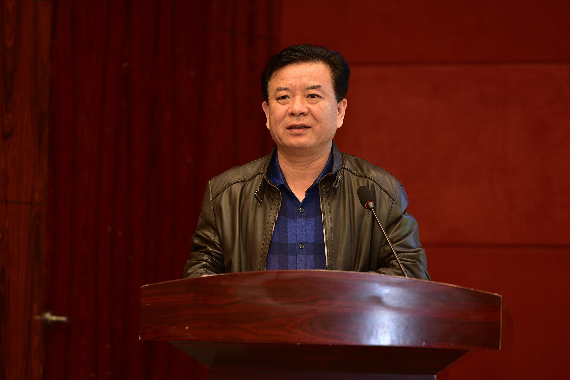 校党委副书记、副校长姚江林讲话(记者 刘涛 摄)