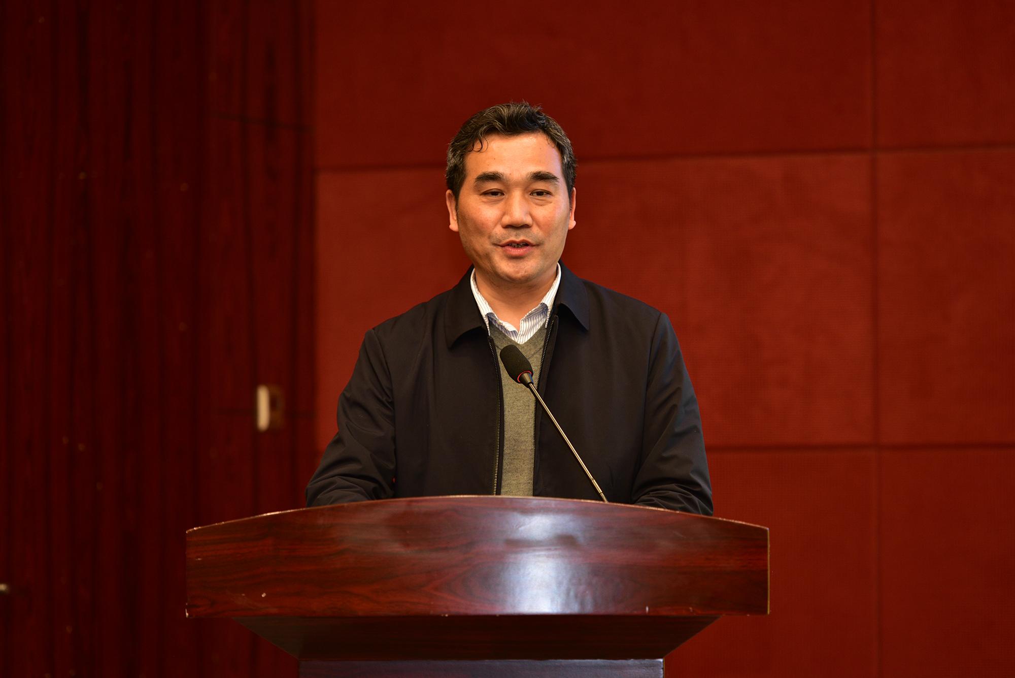 黄凤洪讲话(记者 刘涛 摄)