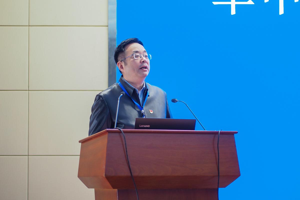 副校长青平致辞(学通社记者 邓颖骏 摄)
