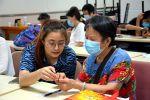 华农学子在志愿服务中弘扬尊老敬老传统美德